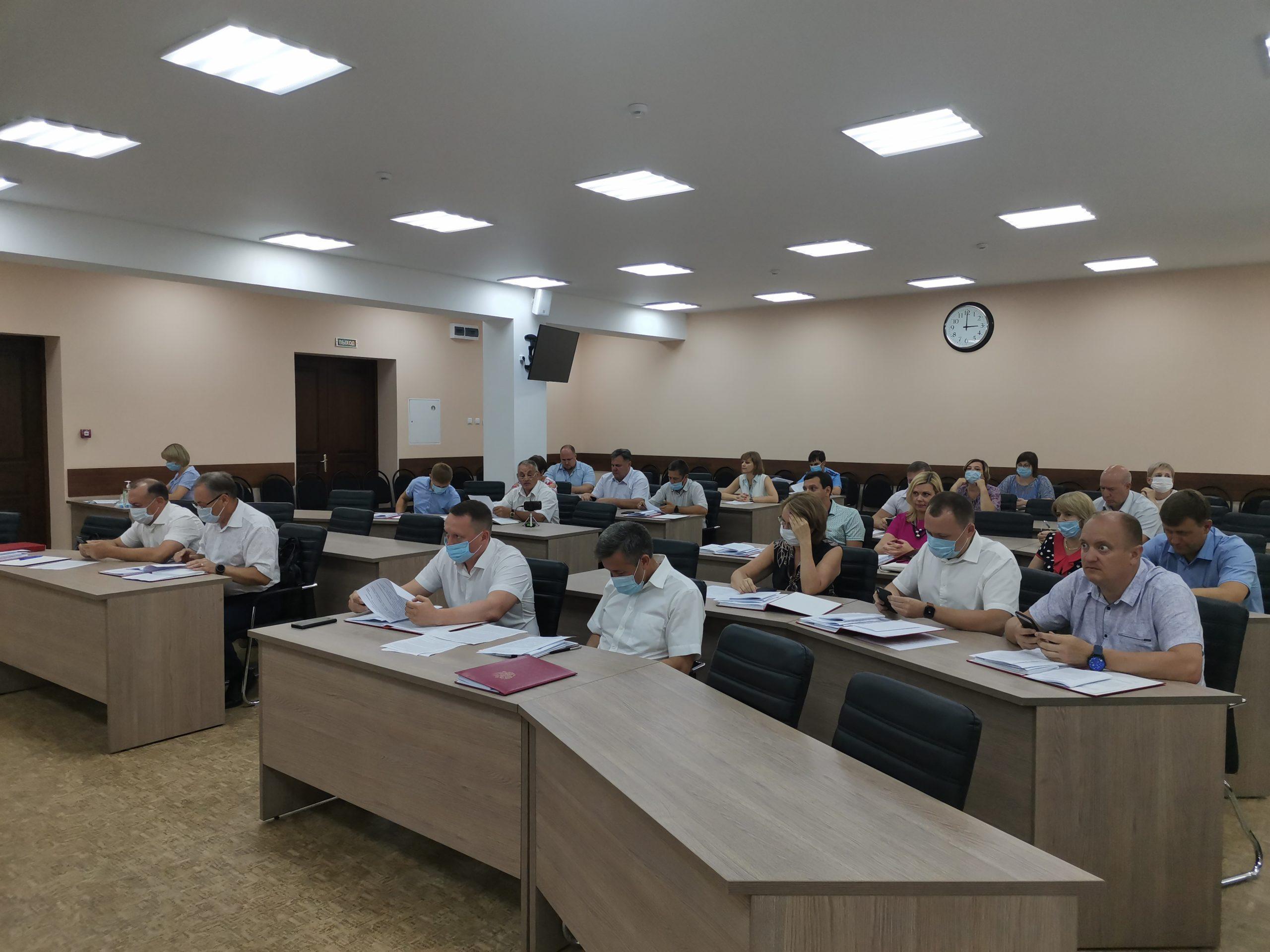 Городские депутаты рассмотрели вопрос о внесении изменений и дополнений в Правила благоустройства территории города Балаково