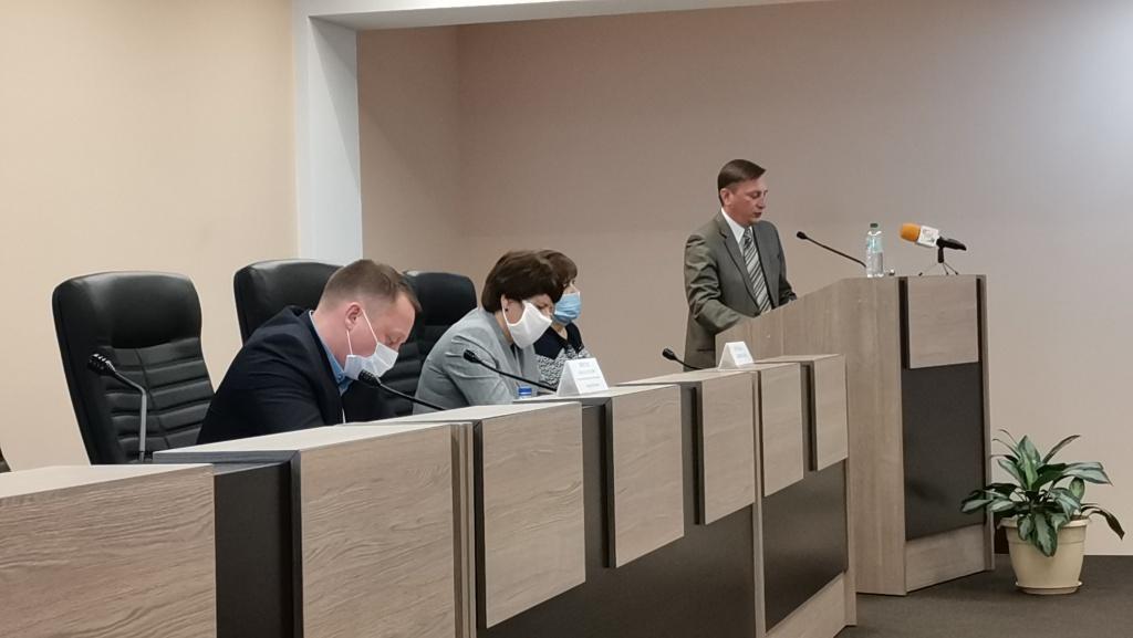 После рассмотрения основной повестки дня очередного 22 заседания Совета муниципального образования город Балаково заместитель главы администрации Балаковского района